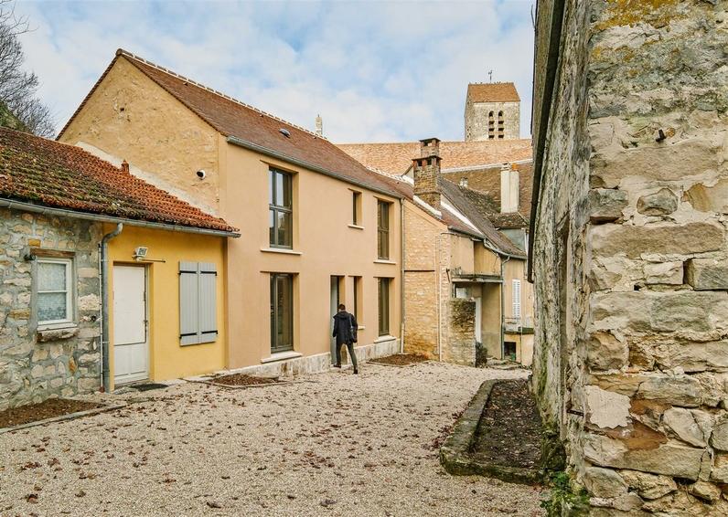 Transformation d'une remise agricole en logement à Boigneville