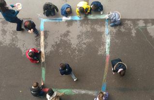 Atelier animé par le CAUE 91 pour les élèves de l'école primaire Sainte-Anne, à Juvisy-sur-Orge.
